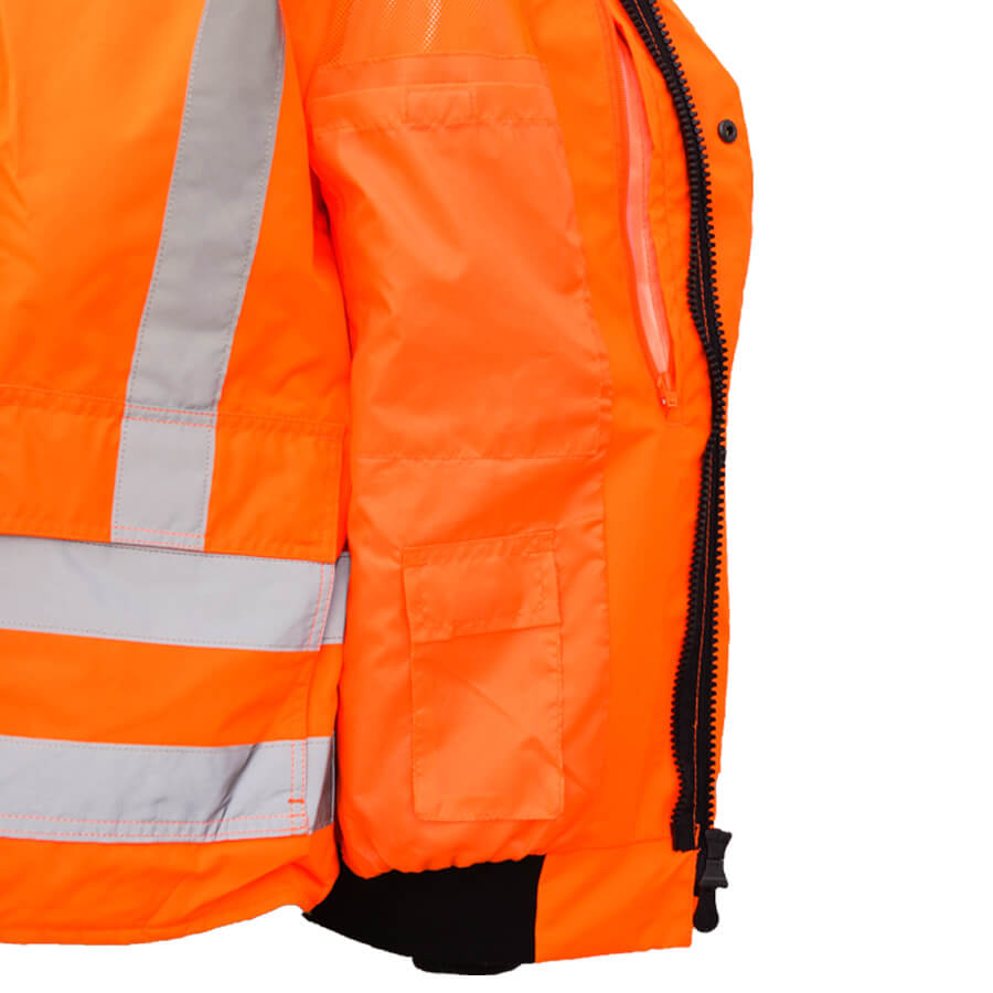5-in-1 hi-viz inside pockets